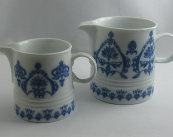 "MELITTA Germany ""Jeverland - Frisian Blue"". 2 creamer made of white porcelain with blue decoration. 70s. VINTAGE"