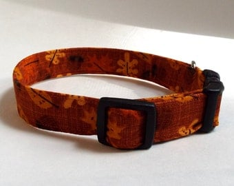 Fall Leaves and Acorns Collar