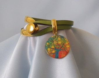 Olive Leather and Painted Shell Charm Bracelet