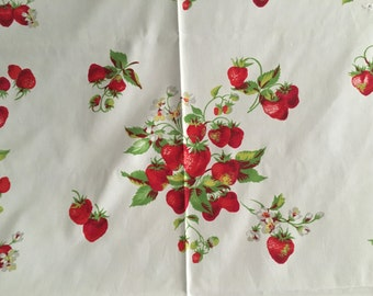 Vintage 1950s Strawberries Tablecloth