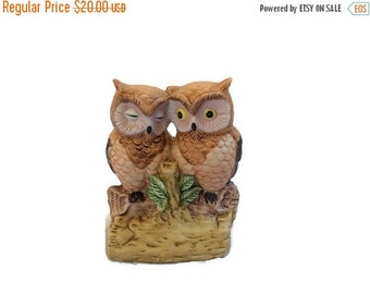 SALE Owl Night Light / Owl Lamp / Owl Nightlight / Owl Figurine / Owl Decor / Owl Light / Baby Nightlight / 70s Owl Figurine / Love Birds