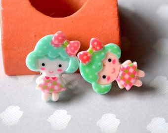 Earrings clips green doll