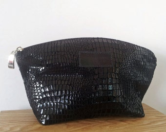 Leather Cosmetic bag - leather make up bag, travel pouch, Curved Lizard print leather bag for travel