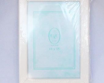 white frame 10cm x 15cm