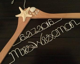 Beach wedding hanger. Rustic wedding hanger. Wedding dress hanger. Starfish hanger. Personalized hanger. Sea hanger