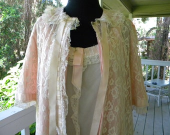 Vintage Odette Barsa Saks Fifth Avenue Pink Lace Peignoir Robe Gown Set