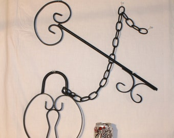 20 inch long wrought iron key and 11 inch pad lock wall decor, with 22 inch chain