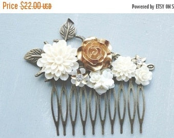 ON SALE Hair Comb, Gold and ivory resin flower hair comb.