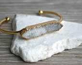 Druzy and Gold Cuff Bracelet, Druzy Bracelet, White Druzy, Gold Plated, Drusy Bracelet, Druzy Bar Bracelet, Geode Bracelet, Natural Druzy
