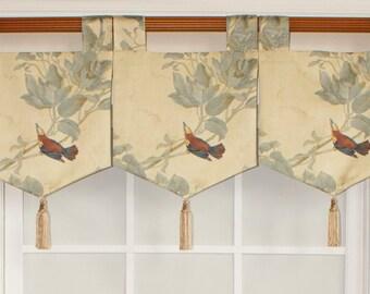 Windsong banner valance