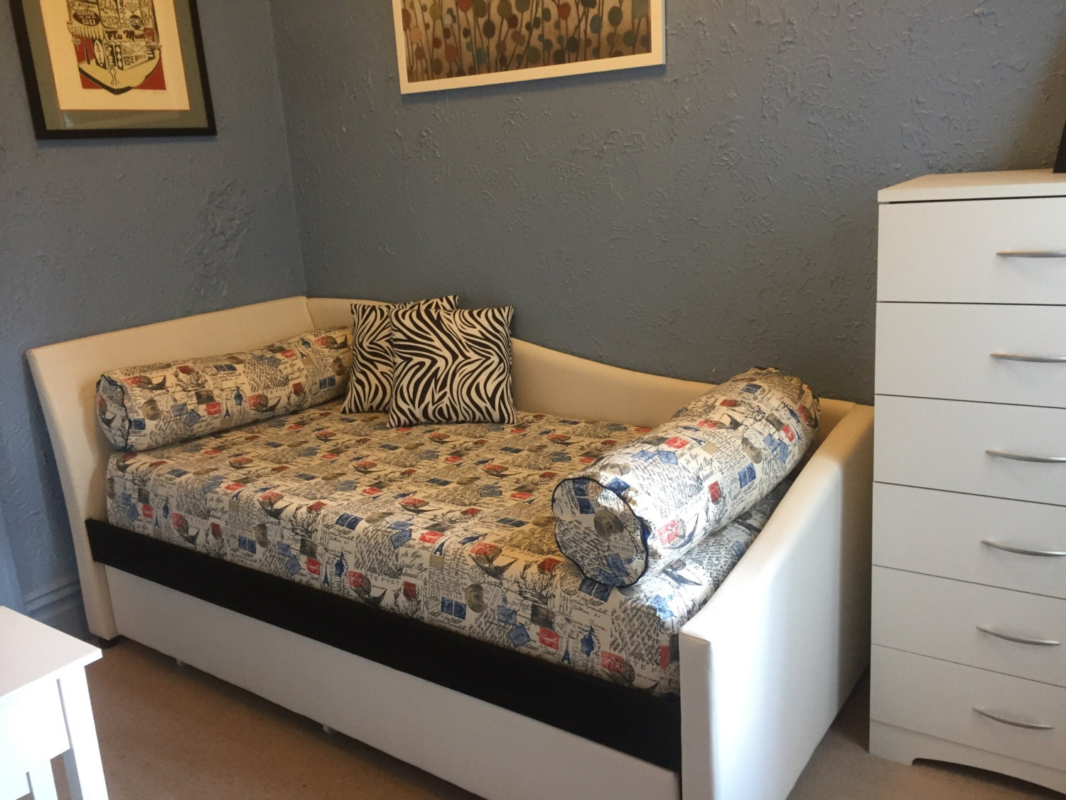 Fitted Daybed cover in twin, twin xl and full mattress cover, customize  fabric, size (pictured in Premier Prints Amore Primary Natural) - Fitted Daybed Cover In Twin, Twin Xl And Full Mattress Cover