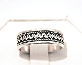 ON SALE Sterling Byzantine Style Wave Length Ring Size 9.25 Silver Band