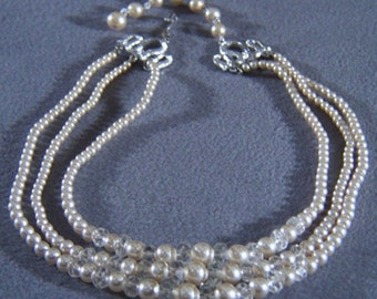"Vintage 3 Strand Faux Pearl Glass Bead 19"" Necklace Jewelry **RL"