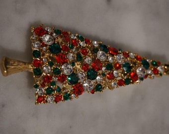 Vintage Yellow Gold Tone Multi Round Emerald Green Ruby Red Clear Fancy Faceted Rhinestone Bold Christmas Tree Pin Brooch  **RL