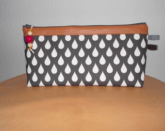 DROPS cosmetic bag, washingbag made of cotton, leather and wxed cotton