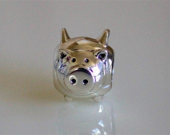 925 Sterling Silver Flying Pig with Wings Animal Bead Charm  - BD2295