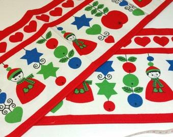 Vintage Scandinavian textile. Nordic retro fabric, handprinted in 60s by Ullas. Christmas decoration.
