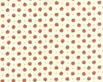 Spooky Delights Pumpkin Toss Natural by Bunny Hill Designs for Moda, 1/2 yard, 2903 13