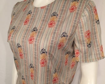 Vintage Medium M 70s Seventies Mod Flower White Red Yellow Blue Short Sleeve Zip Back Blouse Shirt
