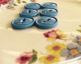 Vintage  set of 6 corn flower blue buttons