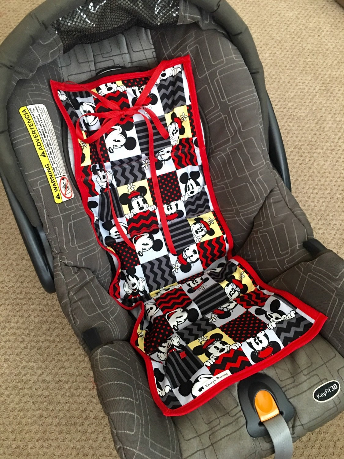 car seat cooler new mickey and minnie ready to ship. Black Bedroom Furniture Sets. Home Design Ideas