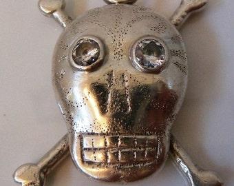 Vintage HARLENE KOREY KALIBRE 1985 Big Sterling silver Skull Crossbones pendant