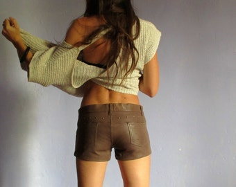 Low waist shorts studded brown leather