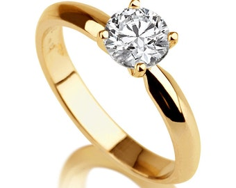 Beautiful 2.00ct White Sapphire Engagement Ring Yellow Gold 14K