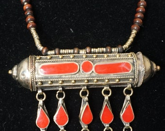 Kuchi Necklace, Afghani handmade keep safer, the right end opens up