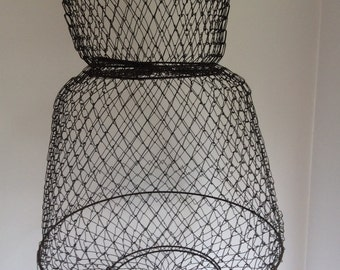 Vintage Fish Basket. Wire Mesh Collapsible Basket