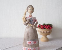 Vintage Folk Art Doll 100% Flax Linen Wood Straw, 25 cm / 9,8'' tall, Natural Fiber Collectible Souvenir Doll @124