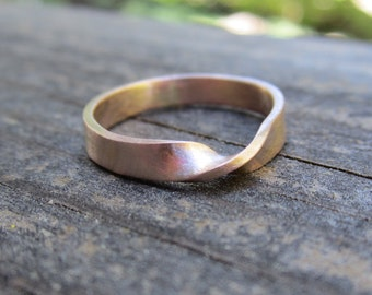 Rose Gold Mobius Strip Ring| 3mm wide Mobius Ring| Eternity Ring| Wedding Ring| 14k Recycled Rose Gold| Eco Friendly