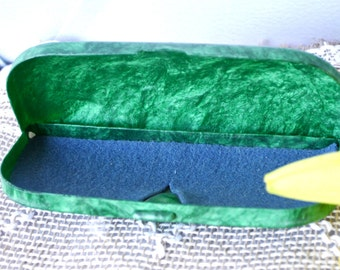 New Vintage Eyeglass case, Green Celluloid Case, made in 1970s, Eyeglass holder, safety box, pencil, back to school