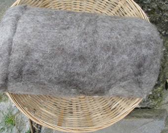 Carded British Jacob Batts. Grey. Spinning Wool / Core Wool / Felting Wool. 100/200g-3.52/7.04oz