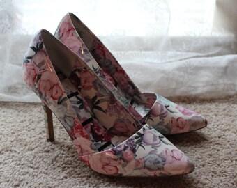 Floral Vintage High Heels size 7.5