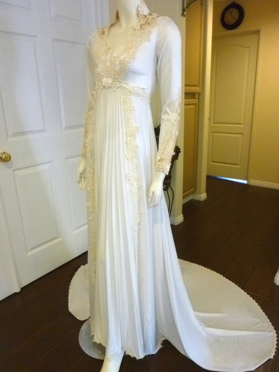 Beautiful vintage regency style wedding gown w floral for Regency style wedding dress