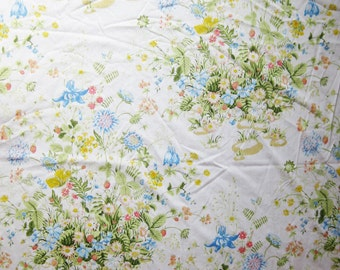 Vintage Pequot Full Size Blue, Yellow, and Red Wildflowers with Green Leaves Bed Fitted and Flat Sheet Set
