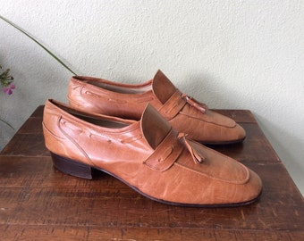Mens shoes, Vintage mens size 10 leather shoes, 1980s