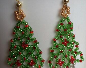 Christmas Tree earrings. Beaded Tree earrings.