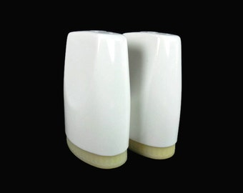 Salt Pepper Shakers White Boontonware Made in USA Vintage Kitchen Picnic Camping