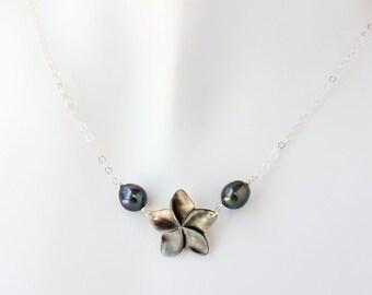 Plumeria Shell Pearl Necklace, Frangipani Pearl Necklace, Delicate Plumeria Necklace, Hawaiian Necklace, Gifts for Her, Pearl Necklace Shell