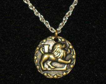 Vintage Leo Bronze Zodiak Astrology Pendant Necklace 16 inch Signed Raffine