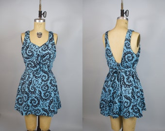 Summer Swirl 1960s Bathing Suit / 60s Skirted Swimsuit / XL
