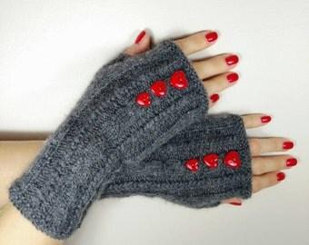 Wool wristwarmers, fingerless gloves, wrist worms, elegant gloves, indoor gloves, office gloves, summer gloves, spring gloves, heart buttons
