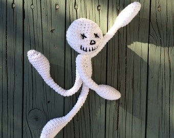 Oscar the white skeleton Amigurumi - Soft toy - hand crocheted with Cotton