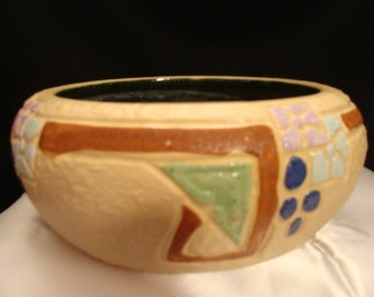 Roseville Mostique Patterned Bowl Planter #131-7