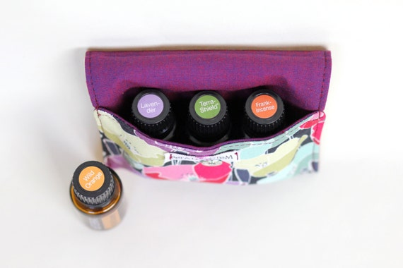 Essential Oil Bag for 3 bottles (15ml) Flower Petals, doTERRA, Young Living, Eden's Garden