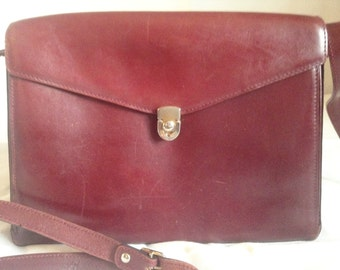 "Vintage brown leather bag / bordeaux, wear shoulder or ""crossover"" unbranded."