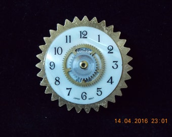 Watch face and Gears Pin     #13