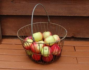 Large Wire Basket, Antique Wire Basket, Potato Basket, Rusty Apple Basket, Vintage Wire Basket, Antique Potato Gathering Basket